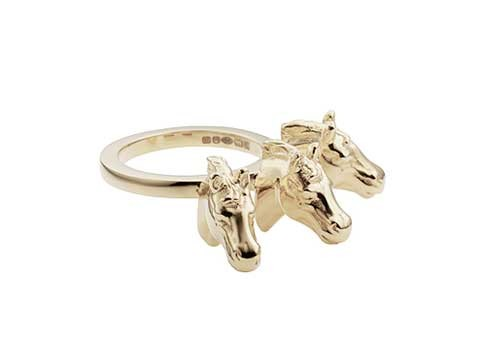 Triple horse head ring