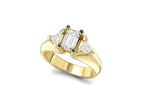 emerald cut centre diamond